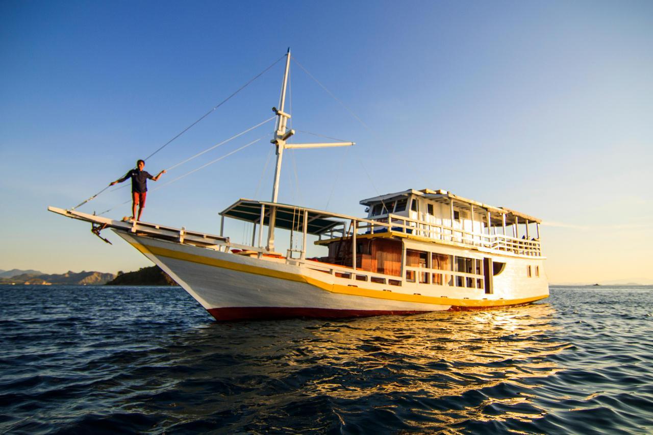 Kapal Wisata Labuan Bajo